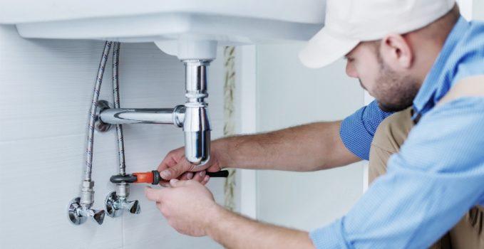 Le conseil du plombier Faire face à la fuite d'eau
